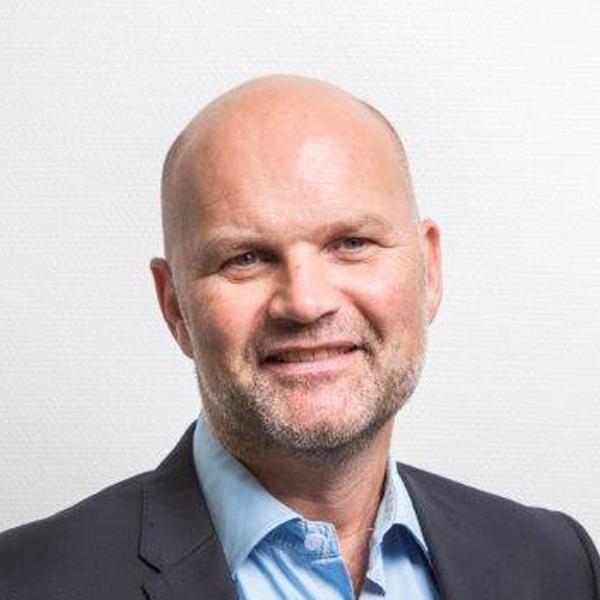 Claus Grundtvig - Staples Danmark ApS