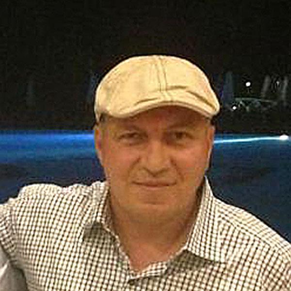 Salgschef Hüseyin Teksen - Yak Sport