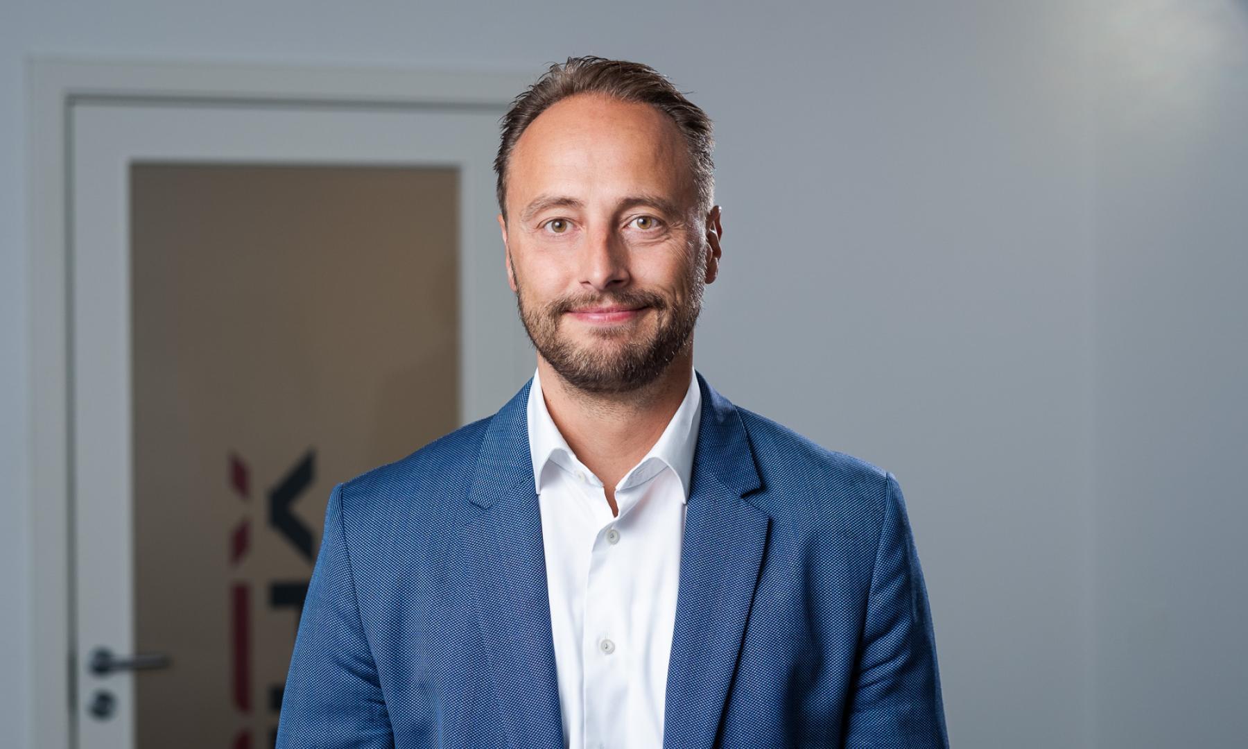 Indehaver Thomas Augustesen  - XDC Gruppen
