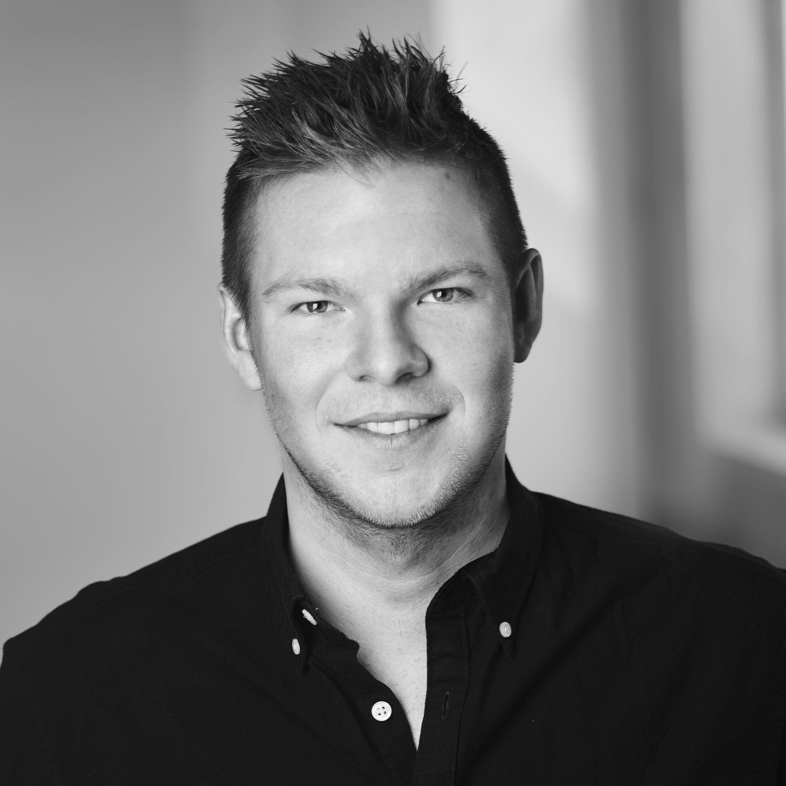 Administrerende Direktør Nicolaj Madsen  - Billig-Is